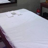massage parlor room