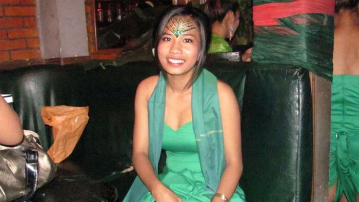 Phnom Penh bar girl