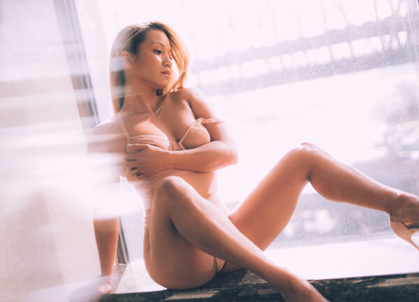 Flip porn star Lana Violet