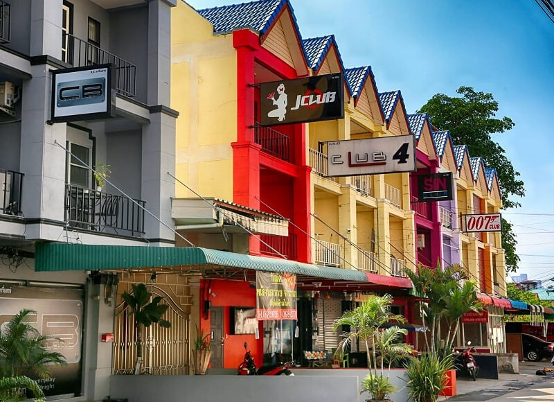 Pattaya blow job bars